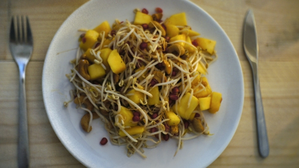 Taugésalade met mango